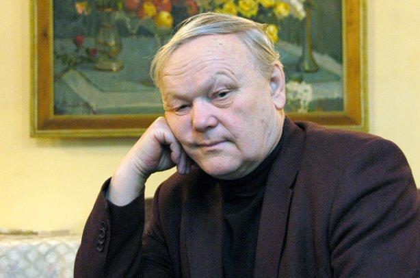Борис Олійник