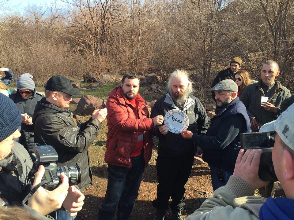 Новини  Начались съемки фильма «Червоний» по роману Андрея Кокотюхи