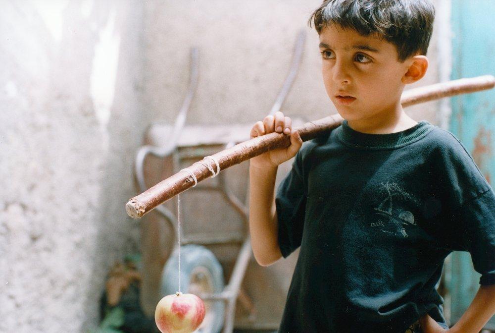 Списки  10 недетских фильмов о детях