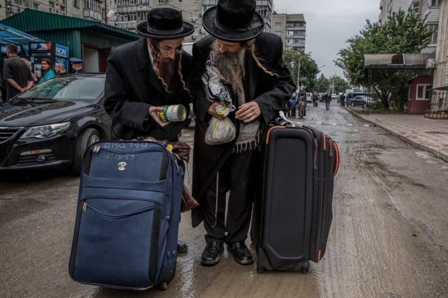 Статьи  Евреи, поляки и украинцы делят скелеты в шкафу