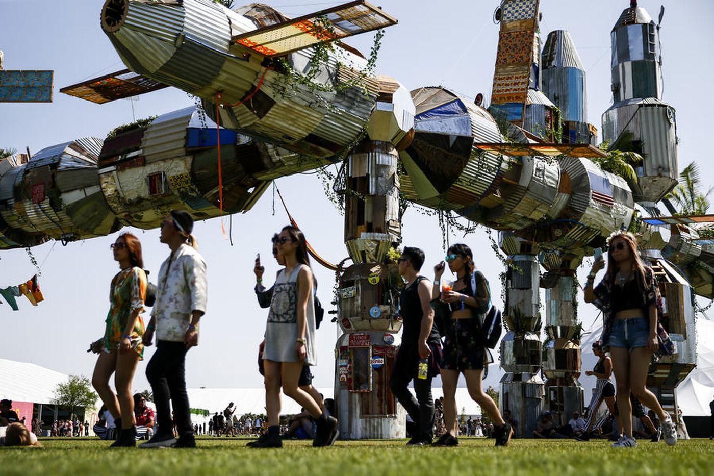 Статьи  Названы самые обсуждаемые инсталляции фестиваля Coachella