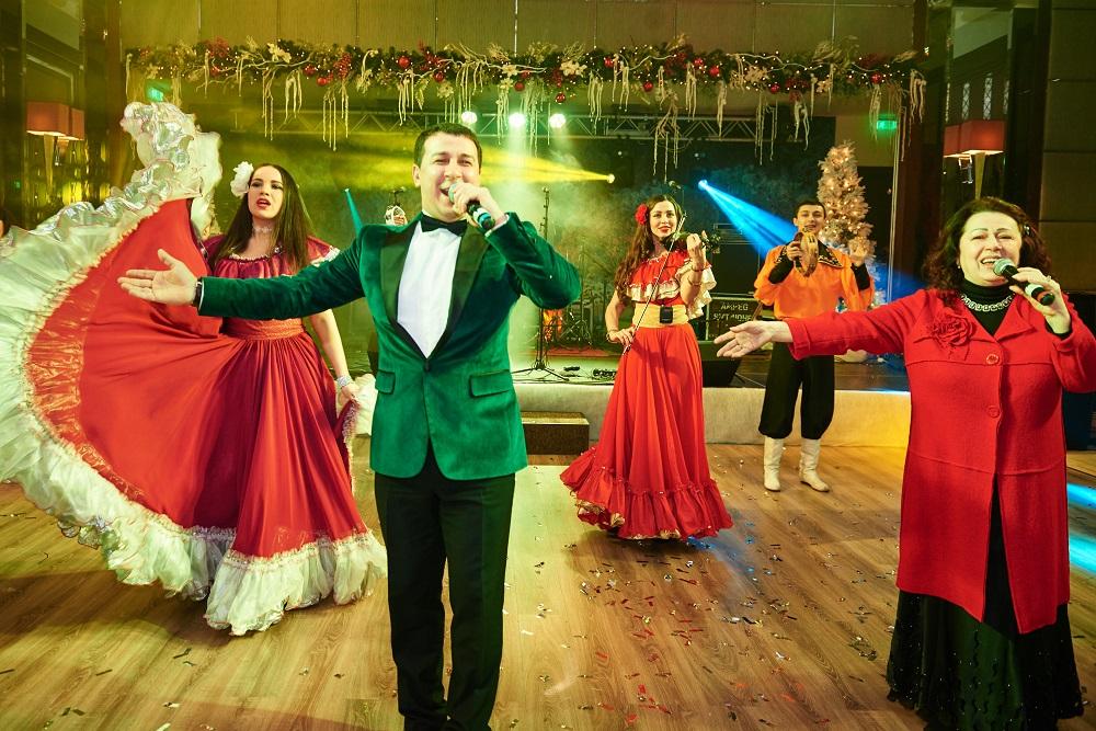 Новости  Luxury-отель Ярославского Kharkiv Palace 5* готовит яркую новогоднюю вечеринку